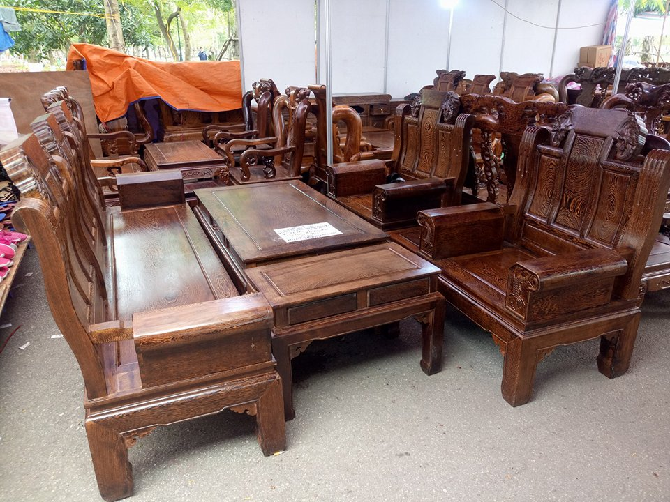 bàn ghế gỗ mun đuôi công