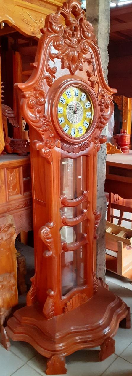 Đồng hồ gỗ, chiều cao 2.1m