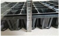 1 Khay nhựa TOKAI KASEI NHẬT BẢN 40 Lỗ, KT lỗ 7x7cm, có Túi Bầu kèm theo