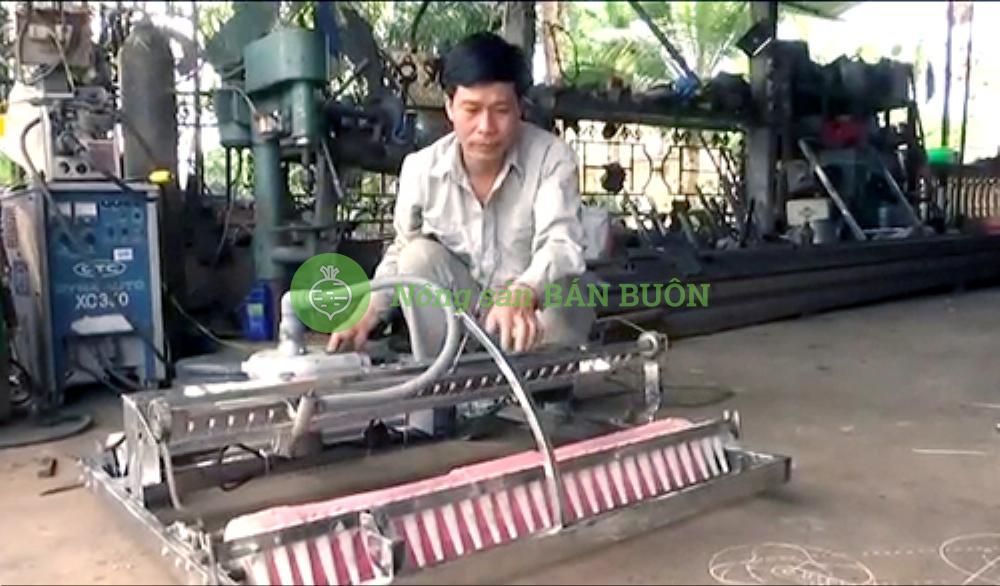 Robot đặt hạt rau, củ, quả